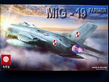 MIG-19 FARMER, ZTS PLASTYK S-062, SCALE 1:72