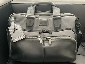 Tumi Albany Computer Briefcase MSRP $425