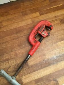"RIDGID 2A HEAVY DUTY PIPE CUTTER 1/8"" TO 2"" CAPACITY"