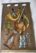 VINTAGE BAVARIAN HUNTING THEME EMBROIDERED WOOL WALL HANGING TANKARD RIFLE HORN