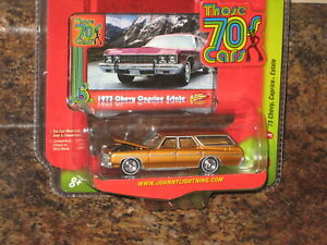 Johnny Lightning 1973 Chevy Caprice Estate Station Wagon Gold Those 70s cars '73