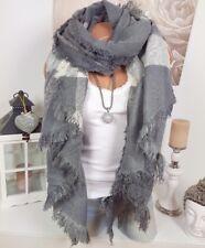 7bdf6ef51122 XXL écharpe d hiver franges Plaid Poncho étole gris crème douillet Blogger
