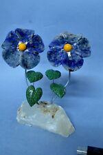 Fleurs en Sodalite et serpentine sculpture en pierre fleur 354g