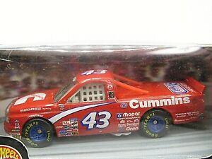 HOT WHEELS VHTF NASCAR PRO RACING SERIES DODGE RAM RICHARD PETTY HILLS RARE