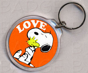 SNOOPY LOVE round keyring - DOUBLE SIDED!