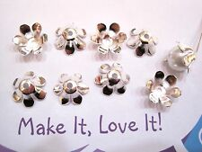 10 x 14MM Bright SILVER PLATED Pretty Daisy Flower Bead Caps 6 Petal Findings