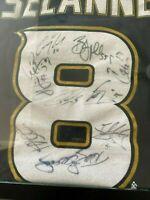Teemu Selanne Autograph Hall of Fame Player Framed Along With Anaheim Ducks Team