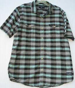 Biilabong men's short sleeve 2 pocket 100% cotton Upland woven shirt size large