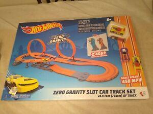 Hot Wheels Zero Gravity Slot Car Track Set Wireless 2.4GH Control 24.9' Track