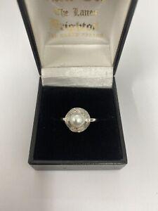 Diamond amd Pearl Ring 9ct