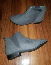WOMENS TRENDY NEW CASUAL STYLISH COMFY FLAT GREY CHELSEA ANKLE BOOTS SIZE 7 (40)