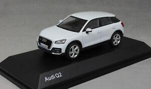 iScale Audi Q2 in Glacier White 5011602631 1/43 NEW