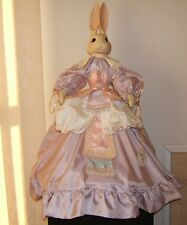 """WENDY BRENT LOVE & ROSES """"SHELLINA THE EASTER PRINCESS"""" PLAYS """"WALTZ"""""""