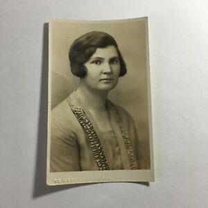 """Antique Picture Woman  4.5 x 3"""" Black & White  R5"""