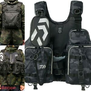 Daiwa DF-6206 Red Fishing Floating Vest Float Game pouch L33cm CAMO BLACK