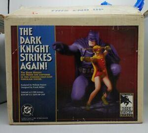 DC DIRECT BATMAN & ROBIN:THE DARK KNIGHT STRIKES AGAIN STATUE #3453 FRANK MILLER