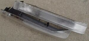 VOLVO 7401983-89 760 1985-86 FRONT TURN SIGNAL LIGHT SET OF 2 NEW