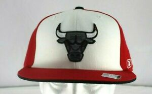 Chicago Bulls Red/ White Baseball Hat  Fitted Size 7-3/4