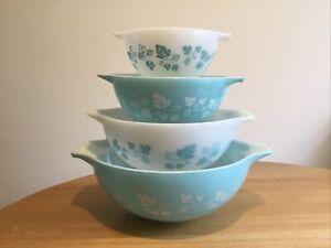 Vintage Set Of 4 Blue Pyrex Gooseberry Cinderella Bowls