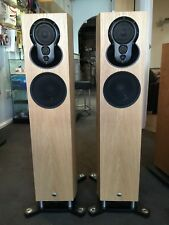 LINN AKUBARIK PASSIVE. OAK FINISH. EX DEMONSTRATION.