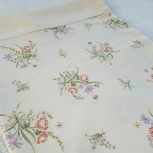 Vintage pretty cream lilac red flower double flat sheet 60s 70s vw camping