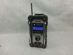 Makita DMR109 DAB Site Radio 18v Power Working Condition With 5 Ah Battery