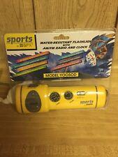 GPX Sports AM FM Radio Flashlight Clock Emergency Siren Portable Yellow Y0050D