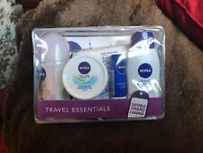 LADIES & MENS 5 PIECE NIVEA TRAVEL ESSENTIALS GIFT SET IN TRAVEL BAG