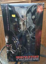 """predator figure neca 1/4 18"""" Rare Collectable 18 inch figure"""