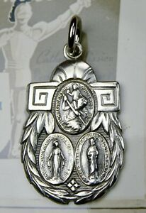 RARE WWII Chaplin's US Armed Forces Powerful Catholic Protection Sterling Medal