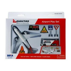 NEW Qantas Playset Small from Mr Toys