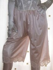 Vintage style gold - beige  nylon lace pantie slip~pettipants~culottes 20~22