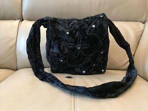BLACK VELVET BOHO SHOULDER BAG