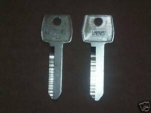 Ford Lincoln Key Blank H33 (1) Various Models 1967-90 1167FD P27