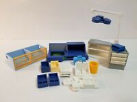 Playmobil Vet Operating Room 4346 Animal Clinic Partial + Lot Medical
