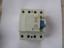 WYLEX STOTZ 32 AMP 30mA WRS32/4 RCD CIRCUIT BREAKER