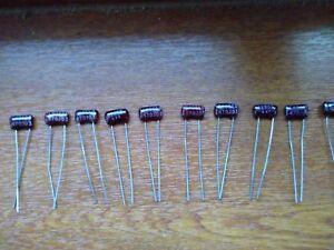 CD15ED300JO3F CDE Glimmerkondensator SILVER MICA 30pF 5/% 500V 125° RM5,9 1 pc