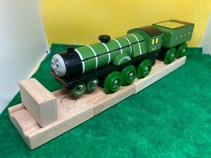 READ - Flying Scotsman - THOMAS & FRIENDS TRAIN ENGINE WOODEN RAILWAY WOOD