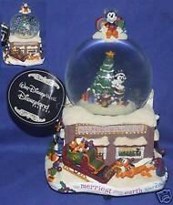 Walt Disney World Mickey Christmas Snowglobe New Made 2007