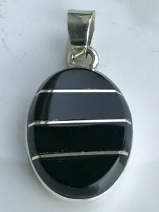 17 GRAMS .925 Sterling Silver MEXICO Beautiful Large Black Onyx Pendant