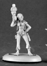 Reaper Miniatures - 50115 - Moxy, Space Adventuress - Chronoscope