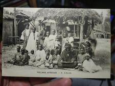 Carte postale village africain,l'école.