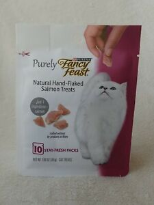 Purina Fancy Feast Limited Ingredient Cat Treats Purely Meaty Bites Salmon