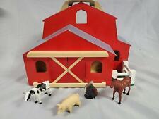 Melissa & Doug Fold and Go Barn #784 COMES WITH FOUR ANIMALS (A11)