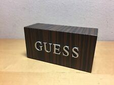Used - Placa Exposant Plaque GUESS - Watches Relojes Montres - 11 x 4 x 5,5 cm