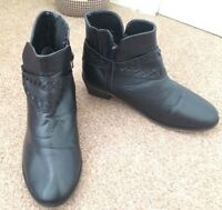 Ladies Black Slip On Casual Ankle Boots Small Heel Size 7 SB4