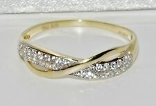 UK Hallmarked 9ct Yellow Gold 0.25ct Crossover Eternity Wedding Ring - size P