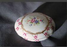 Porcelaine Paris Royal peinte à la main - Boite à bijoux  Décor floral