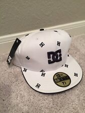 DC Shoes New Era 59Fifty White w/ Blue Fitted Hat Size 7 & 3/8's - New w/ Tags