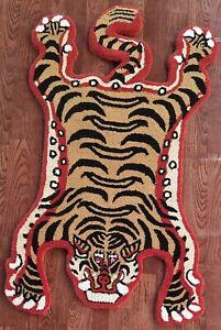 Tibetan Tiger Rug With 100% Woolen, 2.6x4 feet for Home Décor